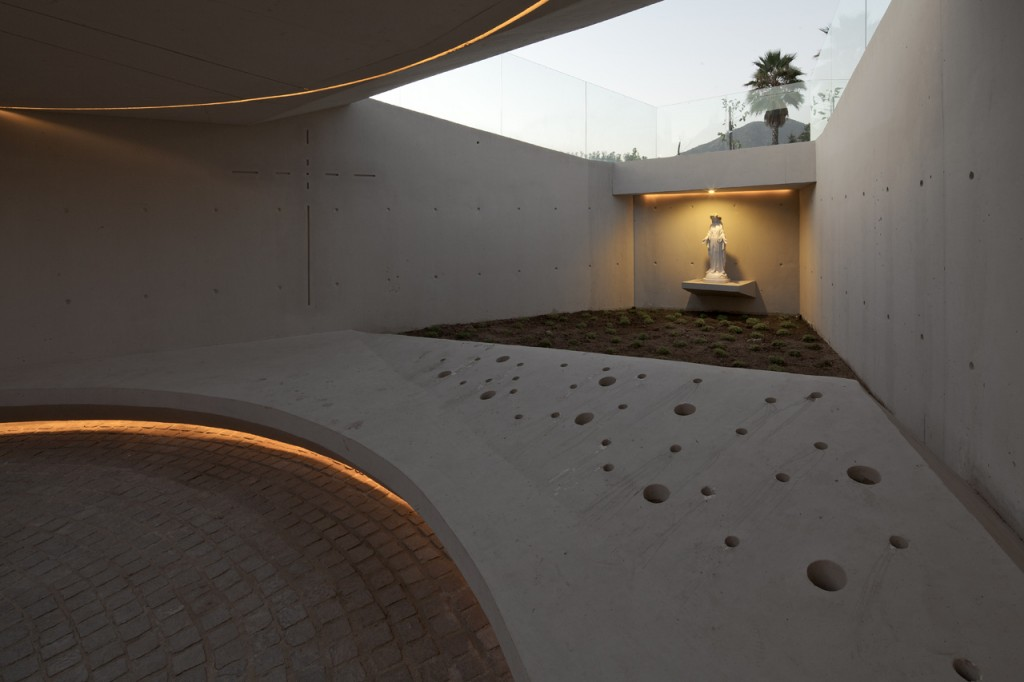 M9 Memorial by Gonzalo Mardones
