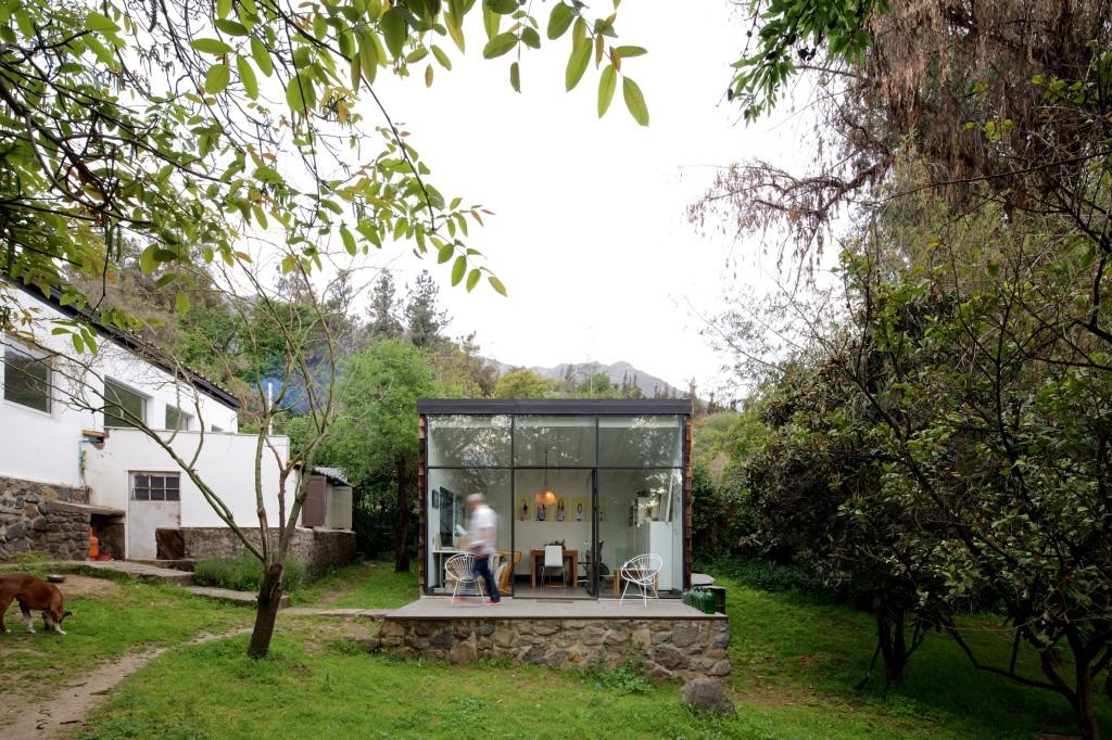 LG House by Antonio Lipthay (7)