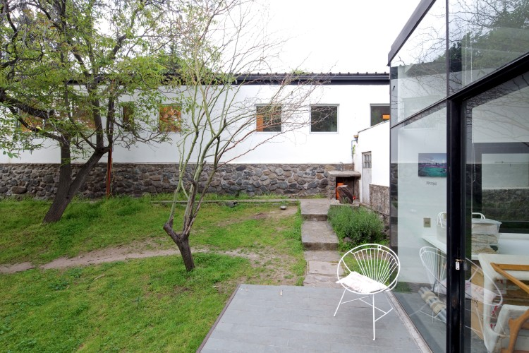 LG House by Antonio Lipthay (6)