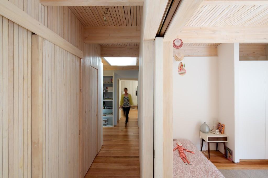 LG House by Antonio Lipthay (11)