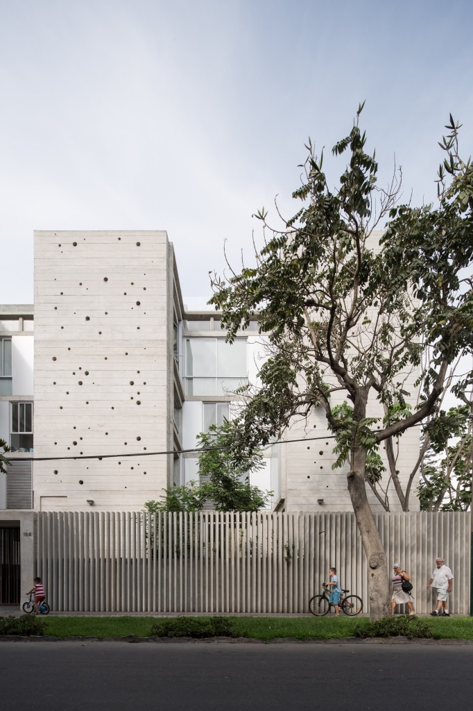 Building in Chacarilla by Barclay & Crousse (7)