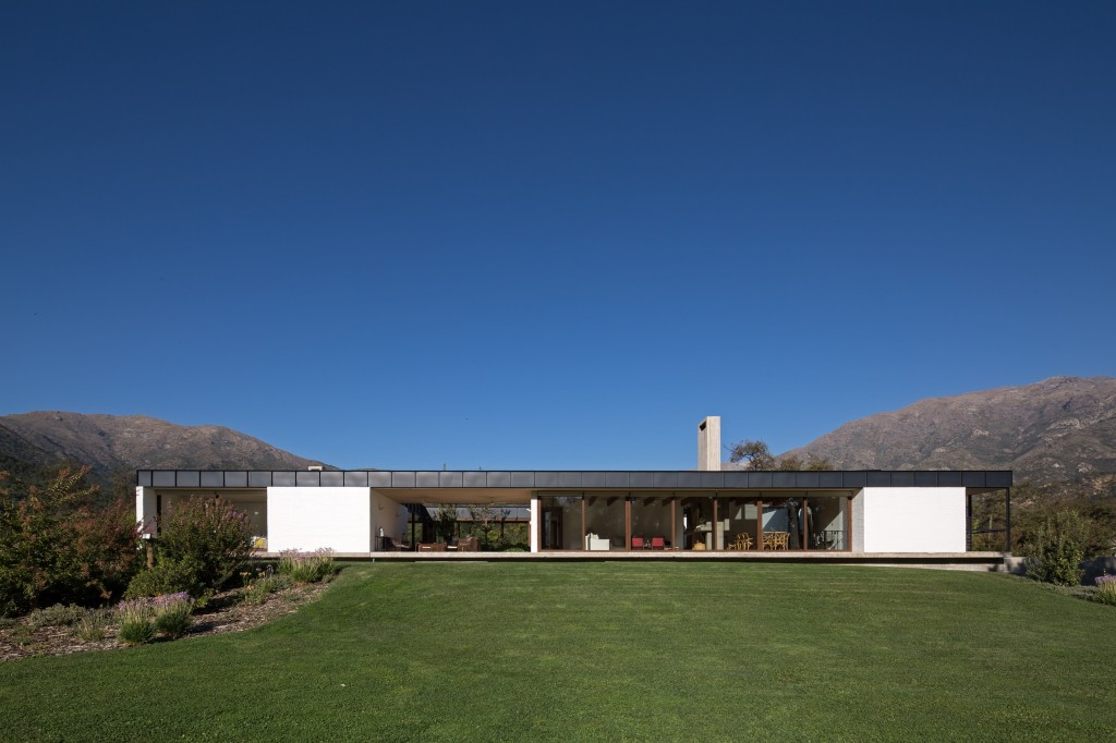 House in Pilay by Duval+Vives Arquitectos (24)