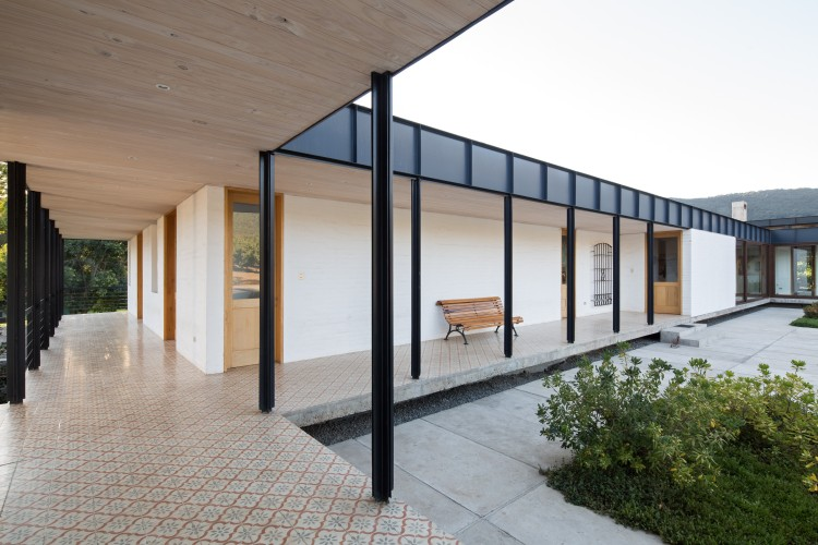 House in Pilay by Duval+Vives Arquitectos (17)