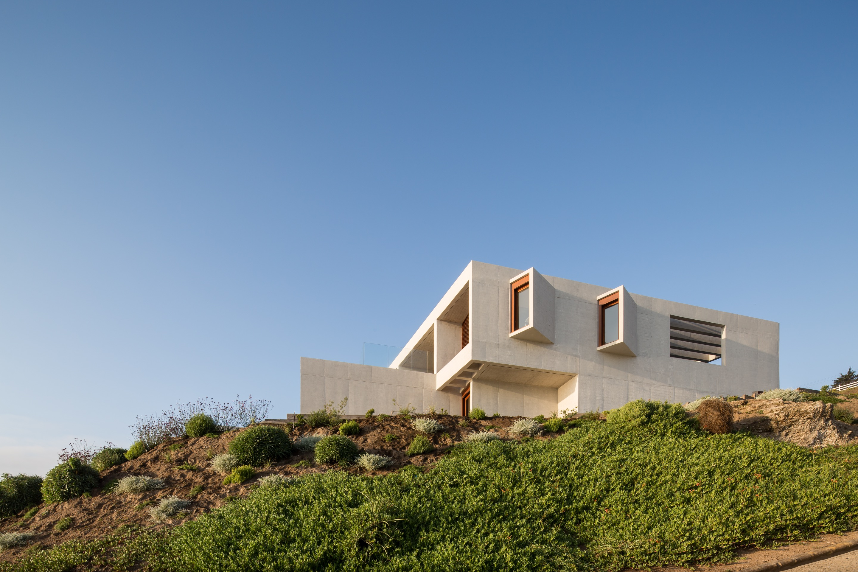 RT House by Gonzalo Mardones Viviani