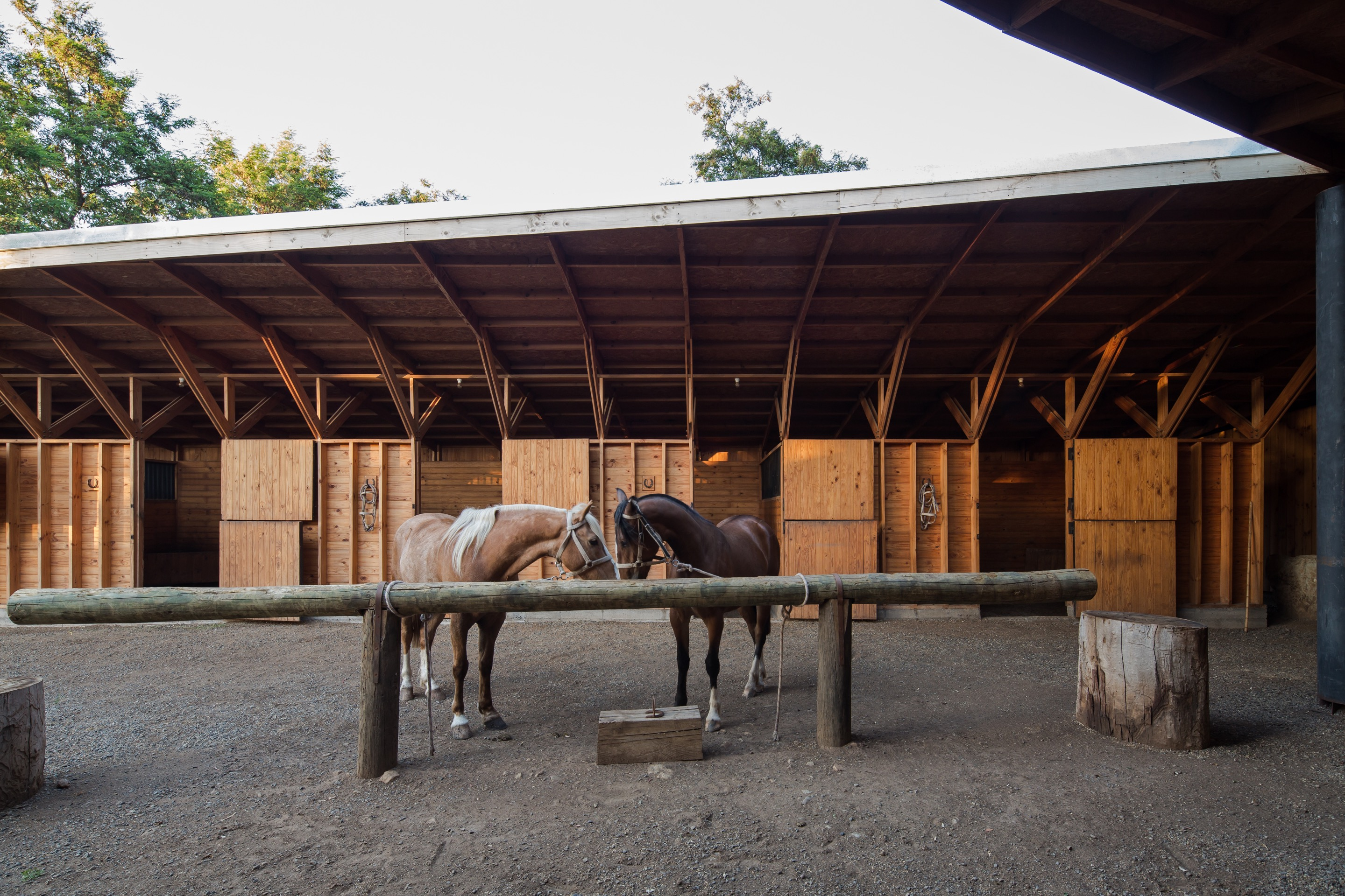 Pilay Horse Stable by Duval+Vives Arquitectos