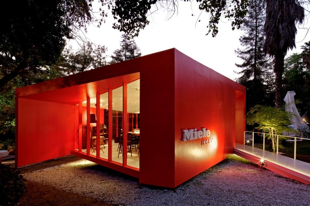 Miele Light Box by Gonzalo Mardones