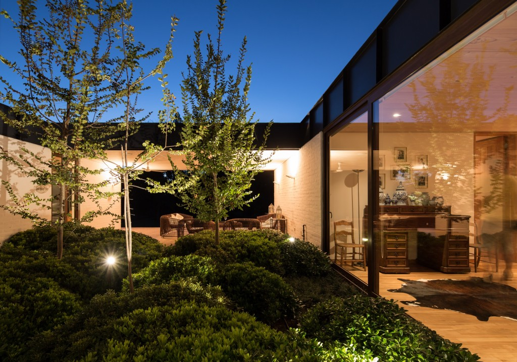 House in Pilay by Duval+Vives Arquitectos (7)