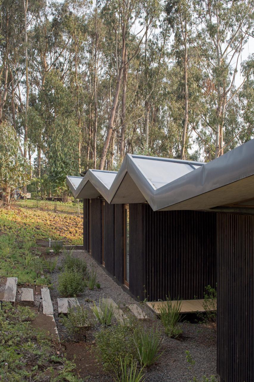 House in Agua Dulce by Mas Fernandez Arquitectos