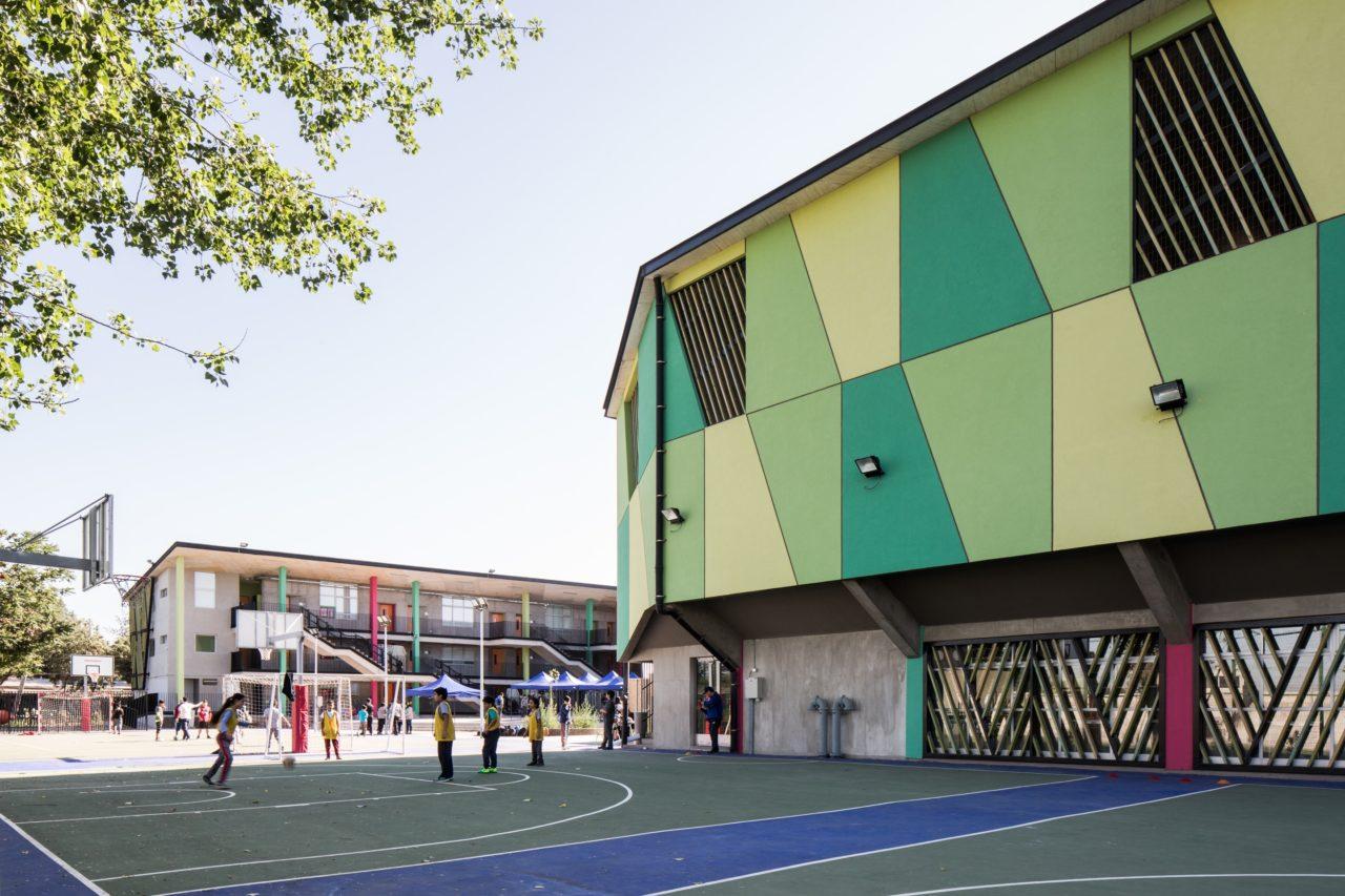 CEEB School by Marsino Arquitectura