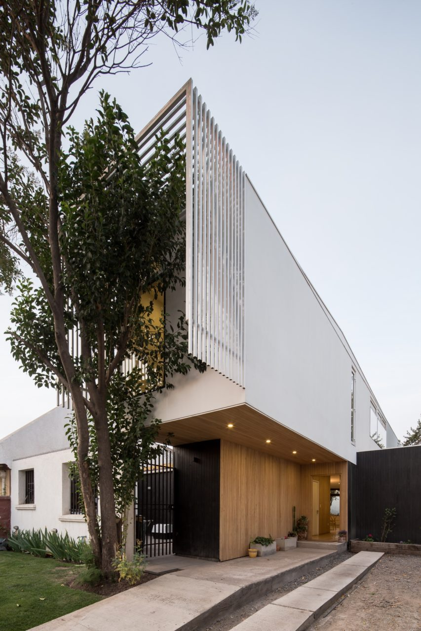 Rey Cristian House by GITC