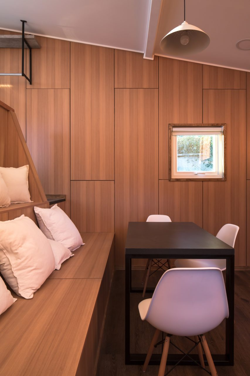 Riverside Cabin by Arce & Westermeier